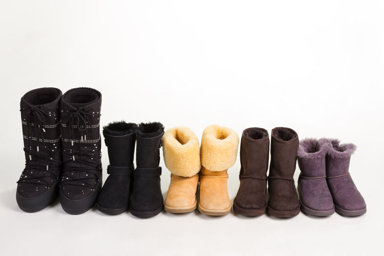 Picture of Men, Women & Children Winter Boots - 45 lbs (Premium and Good Quality)