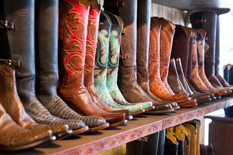 Picture of Men & Women Cowboy Boots - 45 lbs (Premium and Good Quality)
