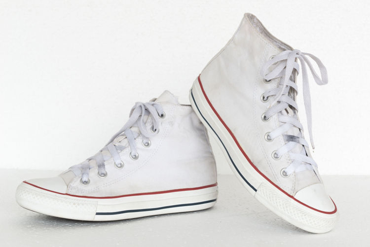 Picture of Men & Women Converse Shoes - 45 lbs (Good Quality)