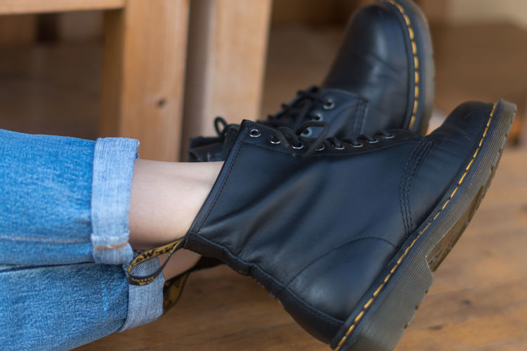 Picture of Men & Women Dr. Marten Boots - 45 lbs (All Qualities Included)