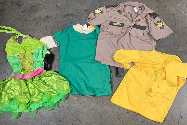 Picture of Men, Women & Children Costumes - 45 lbs (All Quanlities Included)