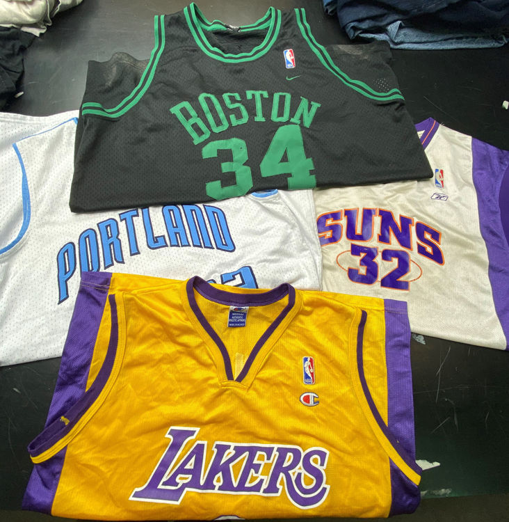 Picture of Men's NBA authentic jersey - 45 lbs.