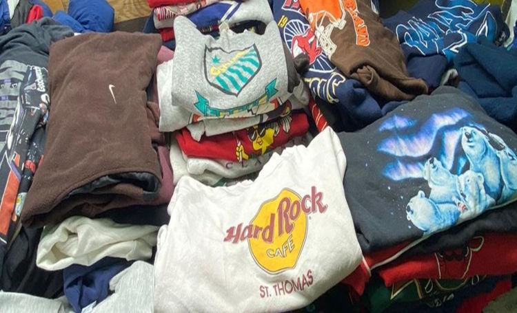 Picture of Select Vintage Sweatshirts Bundle - 20 pieces
